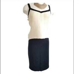 ST. JOHN Black Knee Length Skirt